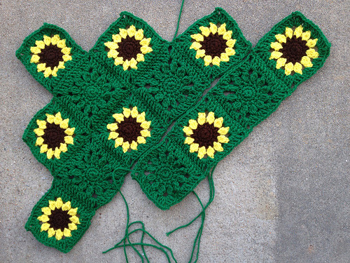 Making progress on the sawtooth sunflowers for saracoma awareness and a fundraising raffle for my friend Becky's husband, Donn.