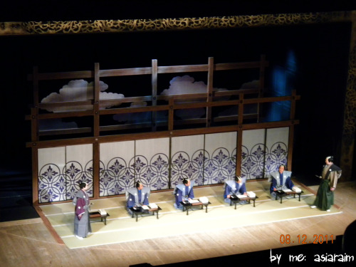 Kabuki Set*this was one of my most favorite sets in the play* . taken by me: Asiaraim for Bill Fester