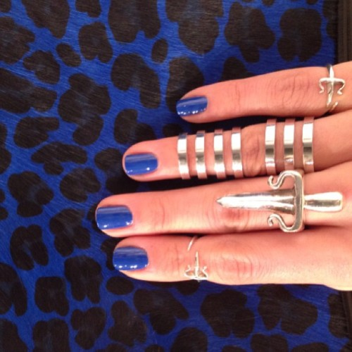 Feeling the lettuce blue… #leivankash dagger rings X #repossi