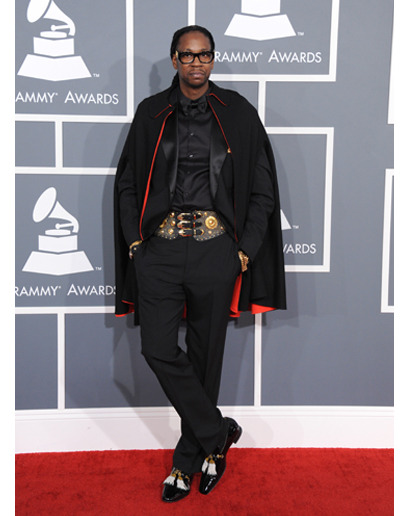 gq:  2 Chainz, 1 Cape.