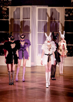 Undercover Fall/Winter 2013/2013 RTW Finale