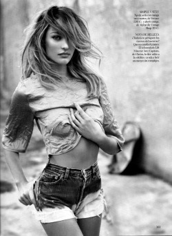 chicandrebel:  Candice Swanepoel for Vogue Spain April 2013