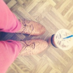 New pair of cutout oxfords and of course some coffee! 😙🍧👟 #pastels#icedcoffee#oxfords