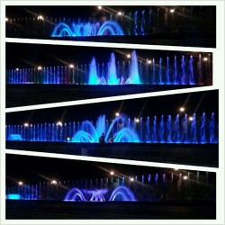 Longest #musical #fountain in the country. Lumelevel-up ang ganda sa Fountain of Wealth sa Singapore. #SMLanangPremier #evening #show #ThousandYears #Davao (at Fountain Court, SM Lanang Premier)