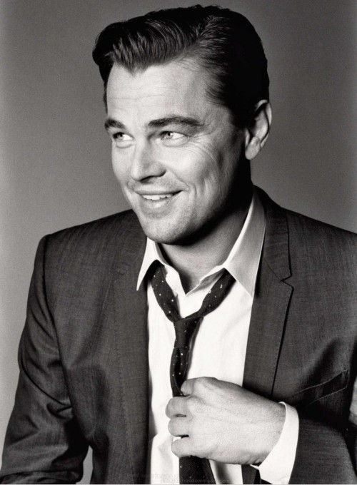 youshimmyshookmyboat:   Leonardo DiCaprio - Esquire photographed by Max Vadukul, May 2013  Stahp