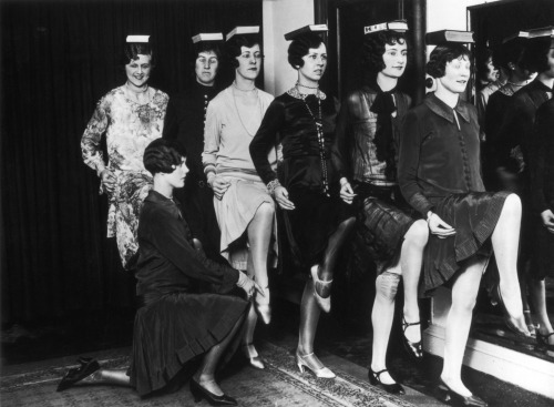 Retro Snap…Models in training London,c 1925