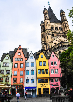 Groß Sankt Martin and Altstadt in Cologne Germany (by mbell1975)