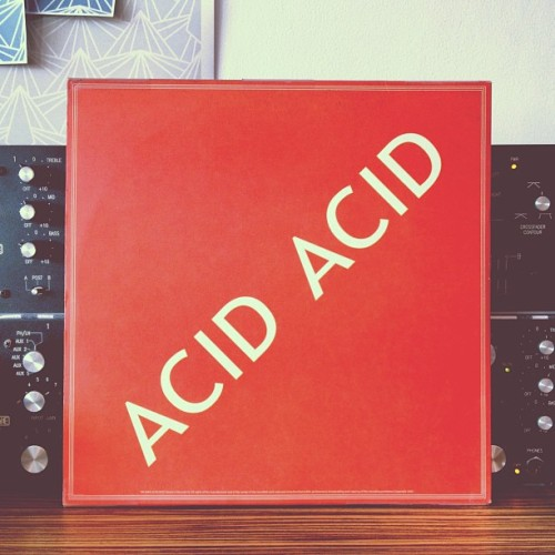 ACID ACID ✊✊✊👊💢 #love #acid #record (at Imaginary Creations)