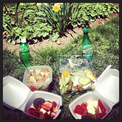 #picnic #lunch in the #park for Margot's #BDAY @margotkiloran #birthday xo  (at St. James Park)