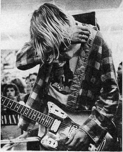born-on-the-coldest-day:  click for grunge