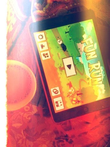 Having fun in fun run    (via TumbleOn)