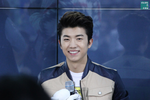 2pmisthebest:  *_* his smile