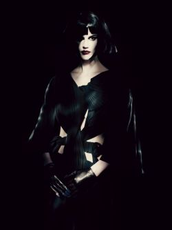 clockworklychee:  Saskia de Brauw in Yohji YamamotoPaolo Roversi for Interview May 2013