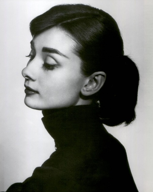 audreylostinparis:  Rest in Peace, Audrey Hepburn (May 4th 1929 - January 20th 1993)