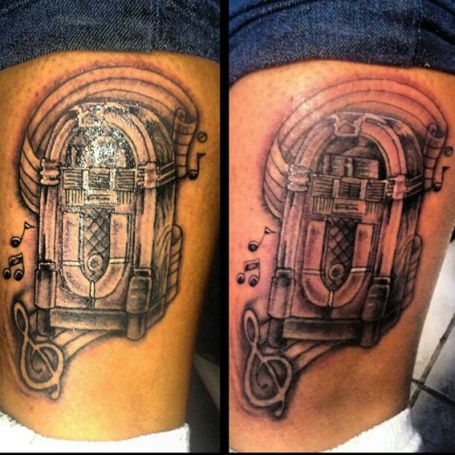 #jukebox #music #notes #treble #clegg #passion #love #girl #hot #record #tattoo #artist #art #lovethisart #dementophobia #bodymodification #nyc #queens #fun