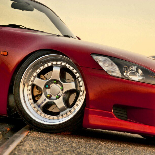 Honda S2000 AP1 fitted and slammed.