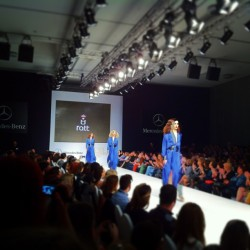 AXDW Blue #fashion #fashion_show #fashion_week #catwalk #models #blue #dress #style    #athens