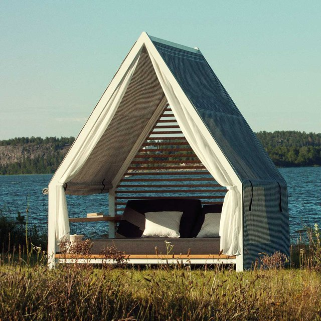 The Kettal Cottage Daybed. Summer's almost here.