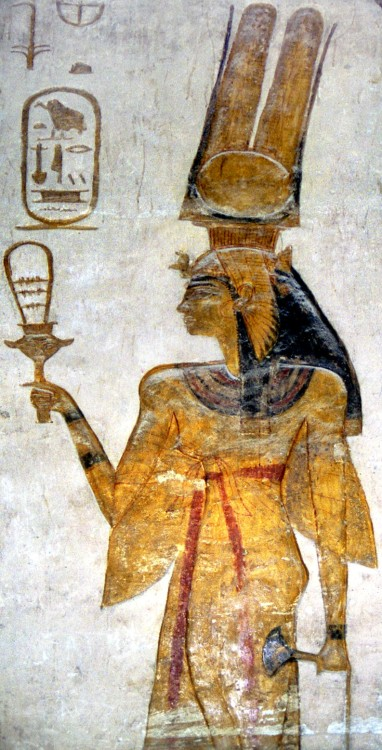 Nefertari, wife of Ramesses II, holding a sistrum