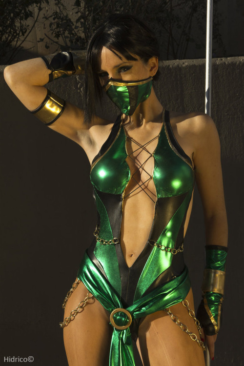 Jade from Mortal Kombat 9  Cosplayer: Hikari Kat [dA / FB]Photographer: Hidrico Photography [dA / FB / FL]
