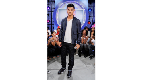 Taylor Lautner at 106 and Park for Abduction 2011