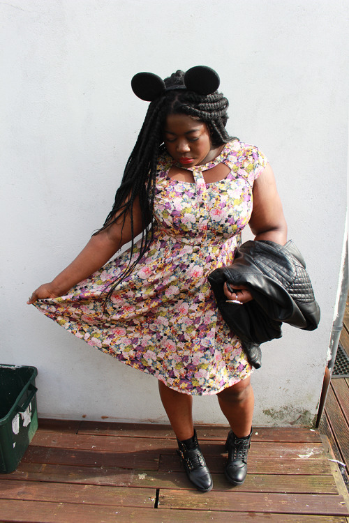 NEW POST: L'efant Terrible. New and more photos on my fashion and beauty blog! http://www.nerdabouttown.com/2014/03/lenfent-terrible.html Dress - Simply Be Jacket - ASOS Curve Micky Mouse Ears - Amazon Boots - Primark