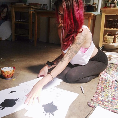 charmaineolivia:  signing yr goodies with @patronofthearts 💜💘💗