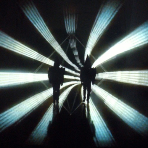 Luz II  #petshopboys #electric #axis #mirror #iluminación #luz