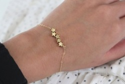 mistane:  i want this like a little stargirl bracelet aw
