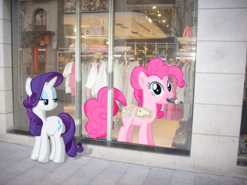 Pinkie Pie always dresses in style. And that's how I got my Cutie Mark - Pinkie Pie