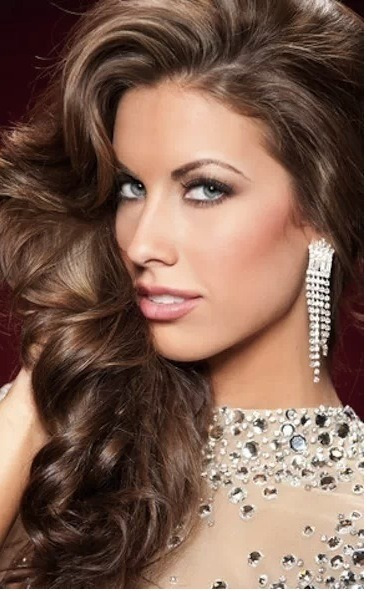 Random chance celebrity Katherine Webb was on with Ryan Seacrest the other day and she was talking celebrity diving, Dancing With The Stars, and marriage…. Seriously, when does Brent Musberger get his royalty check?.. click the pic to read more.