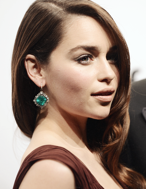 behindmylove:  Emilia Clarke @ amfAR New York Gala To Kick Off Fall 2013 Fashion Week, February 6, 2013