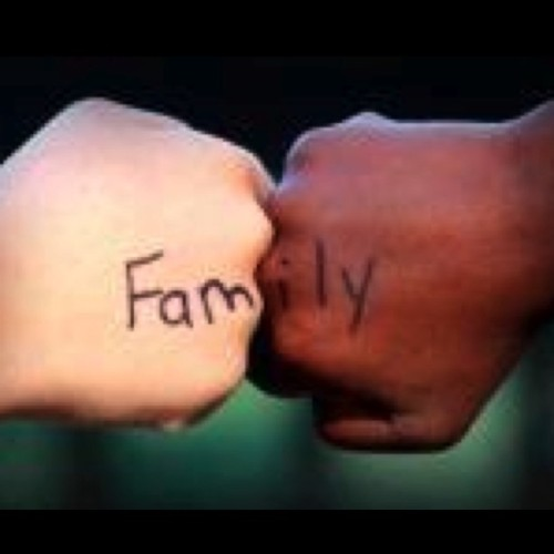 On this day cherish the ones you call family wether your related thru blood or not I personally want to let those of you whom I consider my family that you are truly appreciated & loved. I don't keep many close so you know who you are. Happy Family Day to all of those I ride for and who ride for me!! Xoxo s/o to all the fans that play my music and keep me motivated you are also my extended family and without your support ANDREENA MUSIC would not be possible. Big up yuhself! ;) lol xo