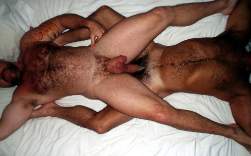 bearsxxx:  bobbywmitchell:  Afterglow…Cum all over MuscleBear and Gary (right) http://bobbywmitchell.tumblr.com/  TumbleOn)