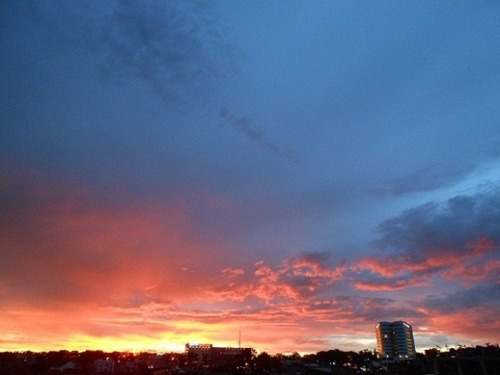 another twilight, today. -bandung, 100313-