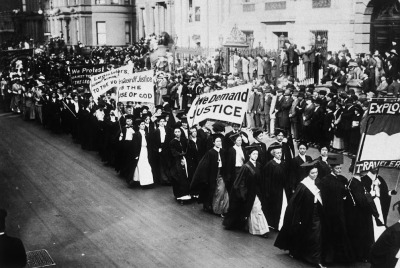 firsttimeuser:  Women in academic dress marching in a suffrage parade. New York City, 1910 photo by Jessie Tarbox