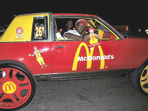 This Black Man love McDonald's so much…… that he's pimping them…  … wonder if he owns a shop of his own. (Doubt it)