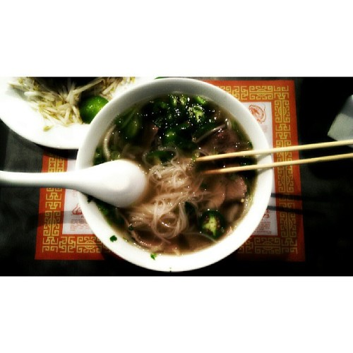 🍜🍶 (at Bona Vietnamese Restaurant)