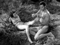 Maureen O'Sullivan and Johny Weissmuller in Tarzan and his mate (1934). Maureen O'Sullivan y Johnny Weissmuller en Tarzán y su compañera (1934).