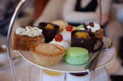 gastronomyfiles:  Afternoon tea, the Shelbourne Hotel (by fintanbrowne)