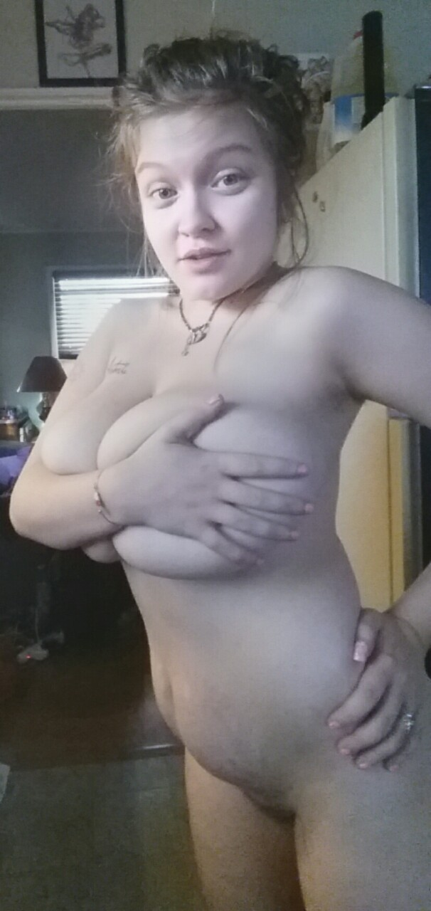 Nude pregnant girls