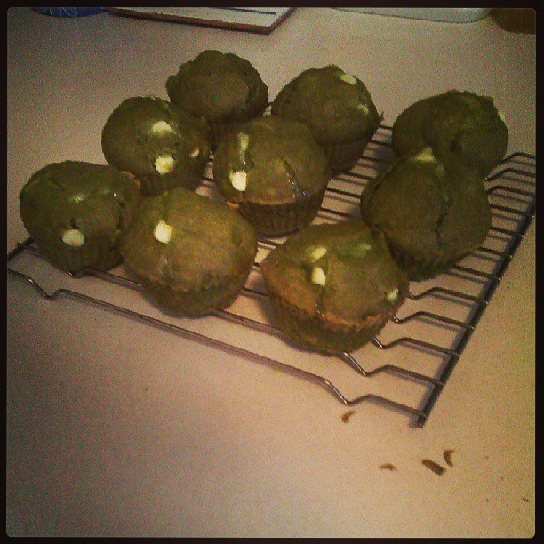 Matcha green tea & white chocolat muffin