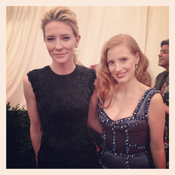 "popmilk:  Cate Blanchett and Jessica Chastain ""Met Gala 2012""  KISS HER!"