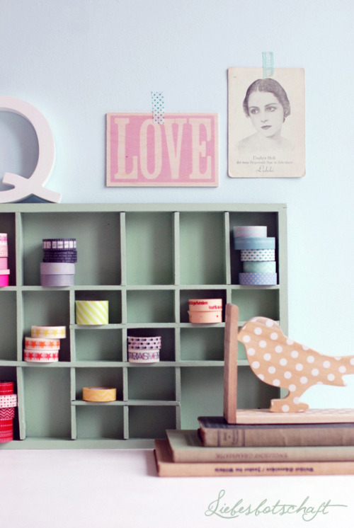 Liebesbotschaft: Masking tape - storage - DIY (via Liebesbotschaft: Masking tape - storage - DIY)