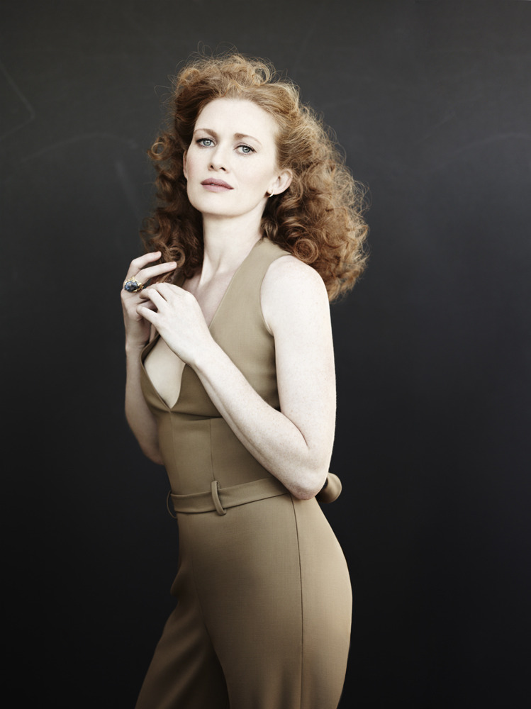 "benhassett:  Vanity Fair Spotlight ""Mystery Woman"" with Mireille Enos - June 2013"