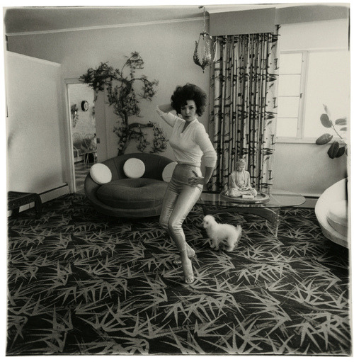 suicideblonde:  Blaze Starr in her Baltimore home, photographed by Diane Arbus, 1964.