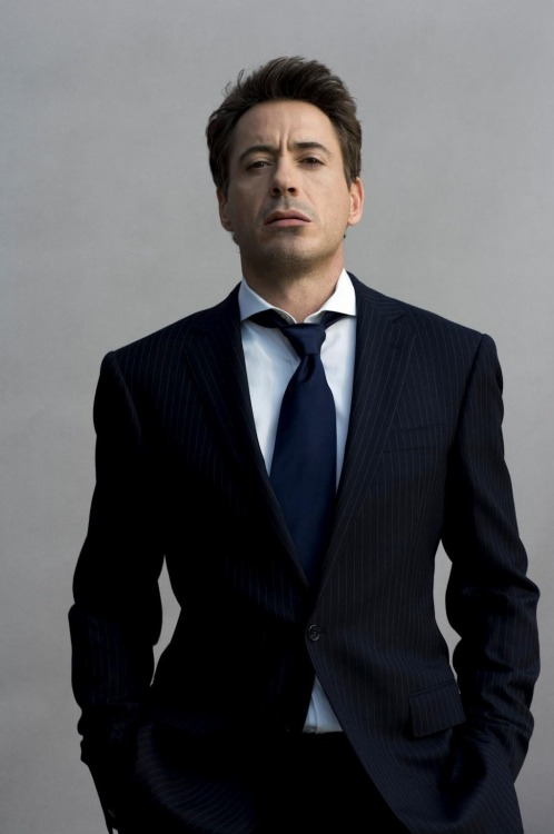 "Robert downey jr. Why God….. whyyyyyyy:"")"