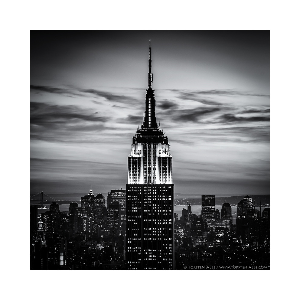 NYC - Empire State Building by Torsten Albe