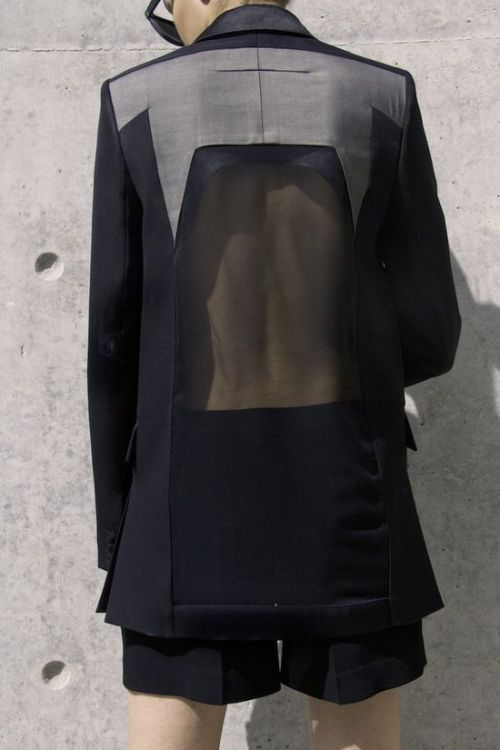 edge-to-edge:  Givenchy / Ph. Filep Motwary