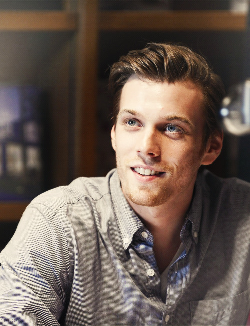 Jake Abel at 'The Host' book signing (Feb 19, 2013)